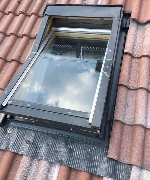 天窗排水系统