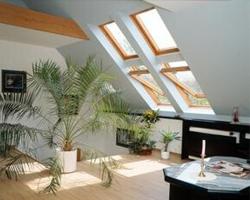 斜屋顶天窗安装