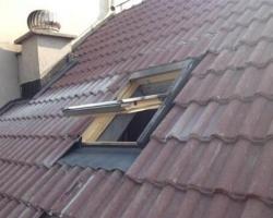 斜屋顶天窗定制